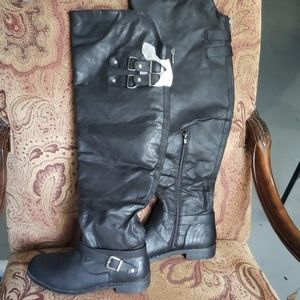 Just fab over the knee low heel boots NEW SZ 7